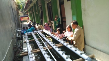 Kunjungan TK YWKA ke Kecamatan Gondokusuman
