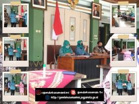 Penyerahan Bantuan Masker dari TP PKK Kota Yogyakarta kepada masyarakat di Gondokusuman